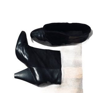 ALDO LEATHER & SUEDE BOOTIES- SIZE 8